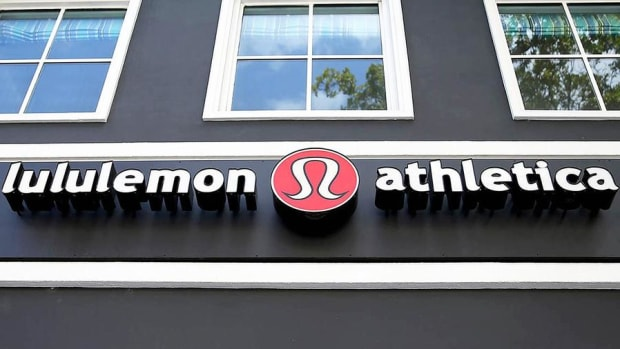 Closing Bell: Lululemon Hit With Wave of Downgrades; Dow Leads Wall Street Higher