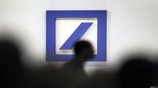 Deutsche Bank Posts Bigger-Than-Expected Fourth-Quarter Loss