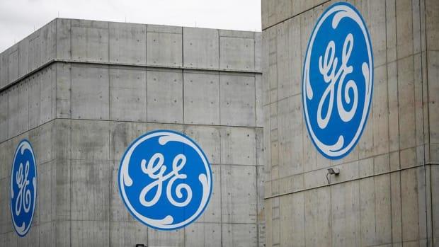 General Electric Slashes Profit Forecast Amid Massive Turnaround Strategy