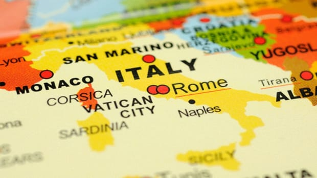 Italy Rescues Two Failing Lenders