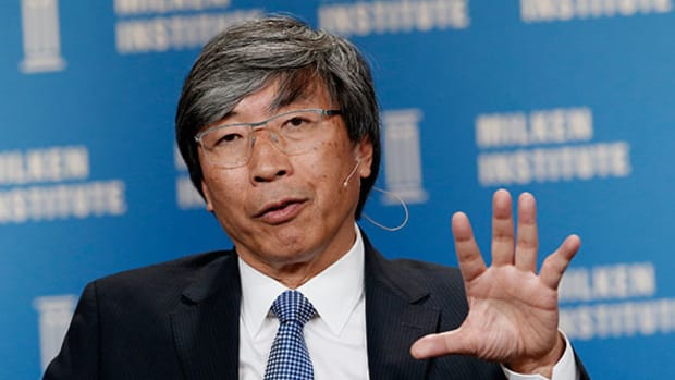 Tronc Investor Patrick Soon-Shiong Ups Stake Again in Battle for Control of Newspaper Giant