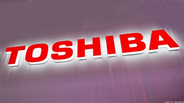 The Clock Runs Out for Toshiba to Secure a Deal for Its Chip Unit