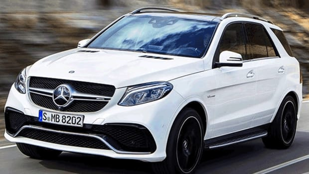 Mercedes-Benz Reclaims Top Spot Among Luxury Auto Brands