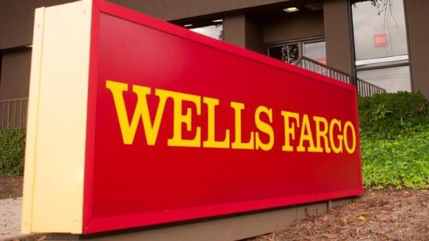 Video: Jim Cramer Reacts to Wells Fargo's Alleged FX Scandal