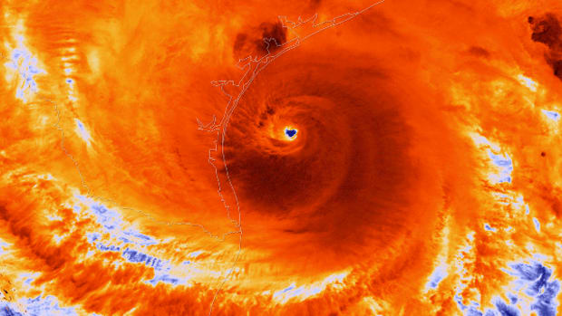 Why Hurricanes Won't Force the Fed to Ditch a December Rate Hike