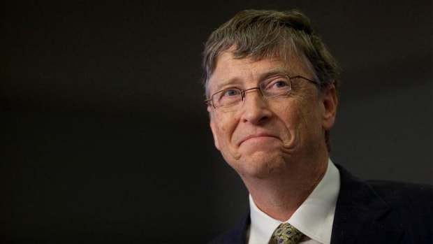 Jeff Bezos and Warren Buffett Are Rich, but Bill Gates Is Richer