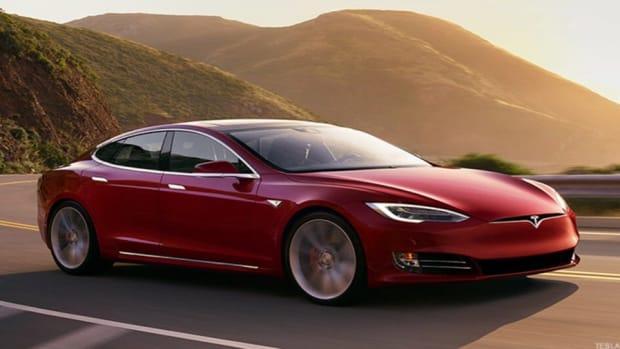 Elon Musk Closes Tesla Deal In China