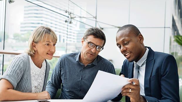 2. Financial Advisor