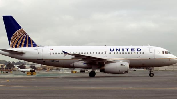 Jim Cramer's Take on the United Airlines CEO's Comments