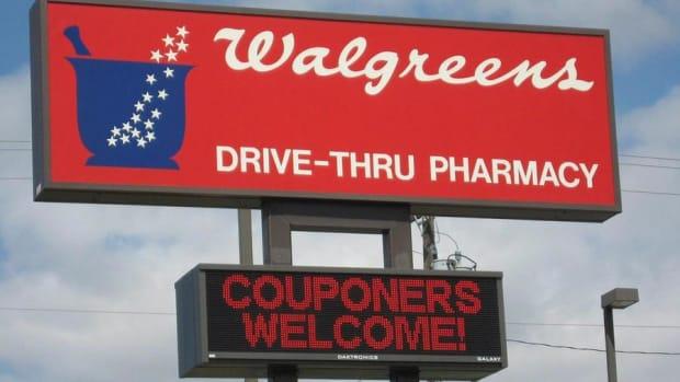 Walgreens Misses Quarterly Revenue Estimates, Purchase of Rite Aid Is Pending