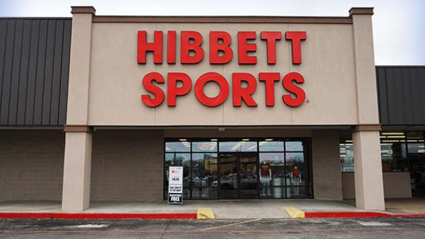Hibbett Sports Sheds 10% After Cutting Guidance