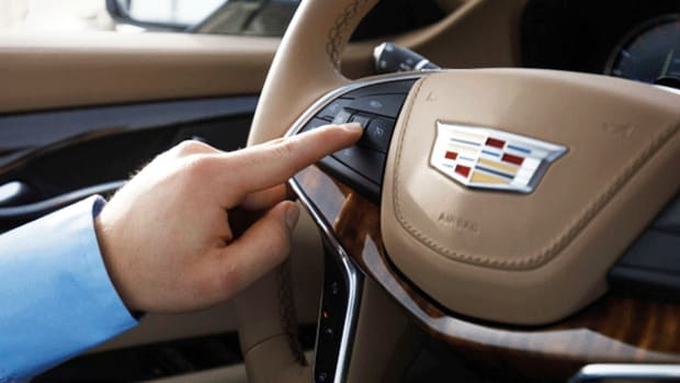 General Motors Laughs at Tesla By Creating This 'Super Cruise' Feature on a Cadillac