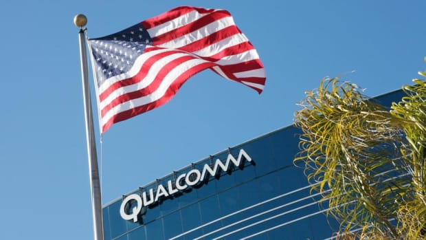 Jim Cramer: Qualcomm Is Too Beholden to Apple