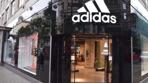 Adidas Shares Surge in Frankfurt on Upbeat 2017 Guidance