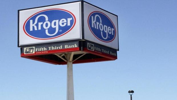 Kroger's Guidance Cuts Show Just How Aggressive Walmart Is: Jim Cramer