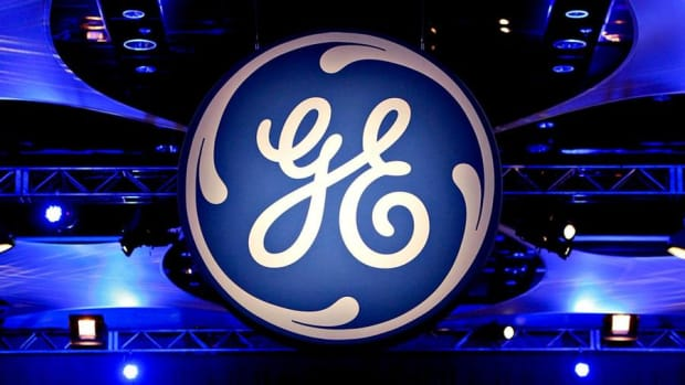 General Electric CEO Flannery Is Already Starting to Right the Ship, Jim Cramer Says