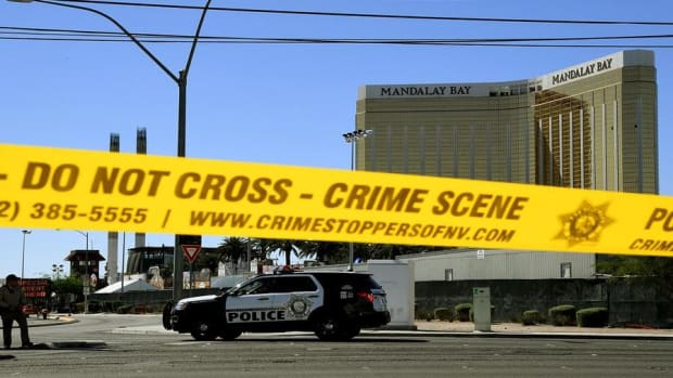 Deaths in Vegas Shooting Rises, Former Equifax CEO to Testify: Tuesday's Stories