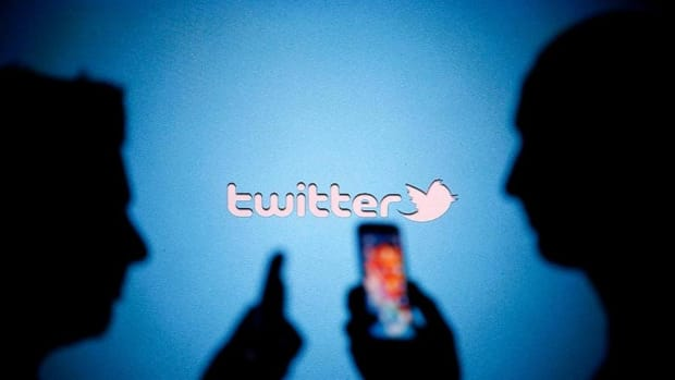 Should Twitter Be Owned by Its Users?