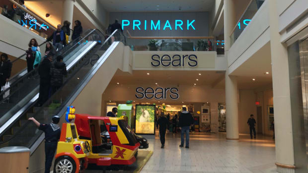 Sears Falls as Former Director Dumps Stake; AT&T Debt Concerns Bubble -- ICYMI