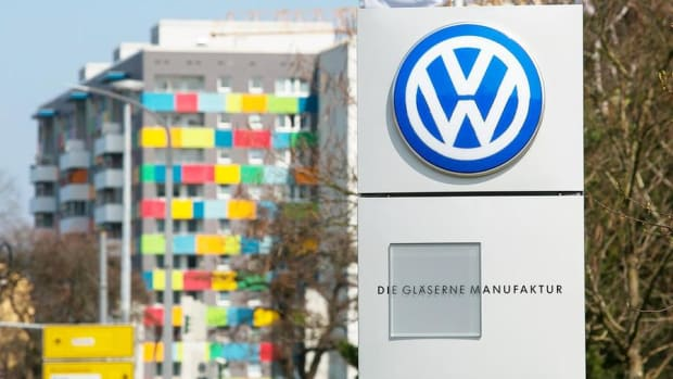 Closing Bell: Volkswagen Secures Plea Deal; Trump Triggers Biotech Selloff