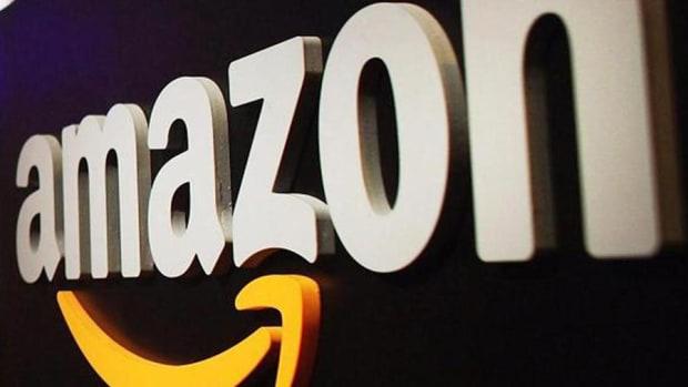 Jim Cramer on Amazon Breaching $1,000 a Share