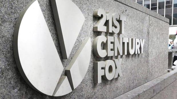 21st Century Fox Teaming With Blackstone Group on Tribune Bid