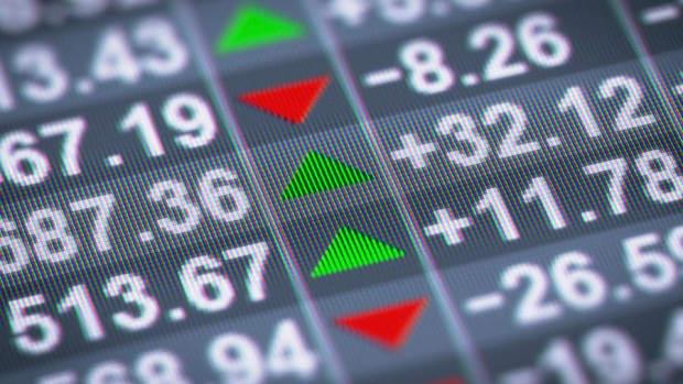 Closing Bell: Nasdaq Loses June Gains; Tech Stocks Suffer Another Selloff