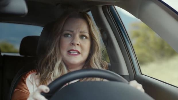 You Won't Believe What Actress Melissa McCarthy Does in Kia's New Super Bowl Ad