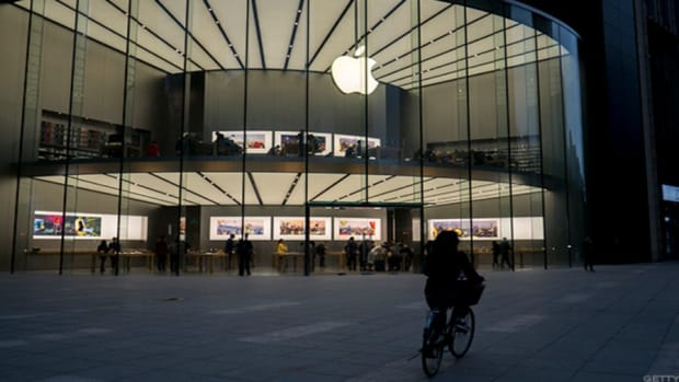Apple Goes to War With Western Digital