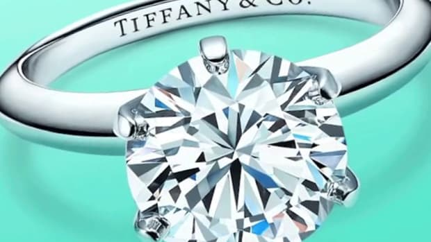 Jim Cramer: How LVMH Buying Tiffany Can Give the Jeweler Its Sparkle Back