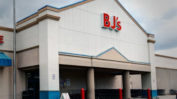BJ's Wholesale Club Posts Mixed Q3 Earnings, Narrows Full Year Profit Guidance