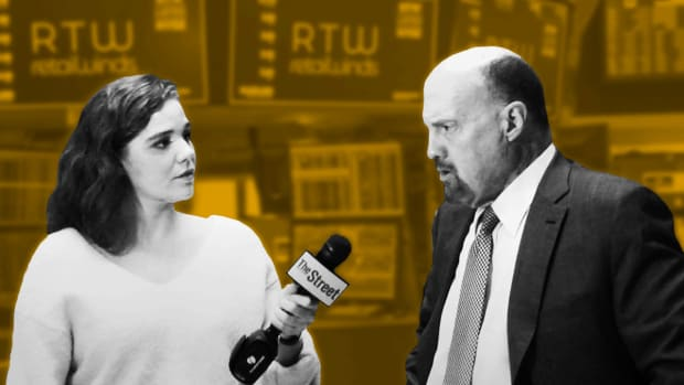 Jim Cramer on the Strength of the Consumer, E*Trade and Robinhood