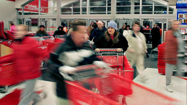 Why Do Holiday Sales Matter to Markets?