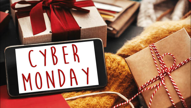 Cyber Monday Results Rolling In -- Here Are the Brands Facing Pressure