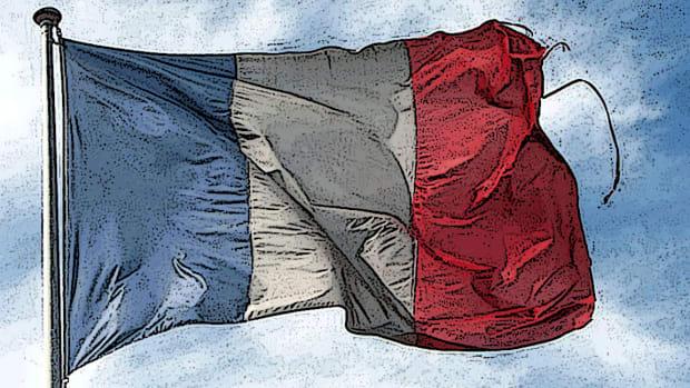 Trump Threatens 100% Tariffs on French Goods in Retaliation for Digital Tax