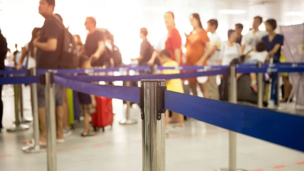 Airports With the Longest and Shortest Wait Times