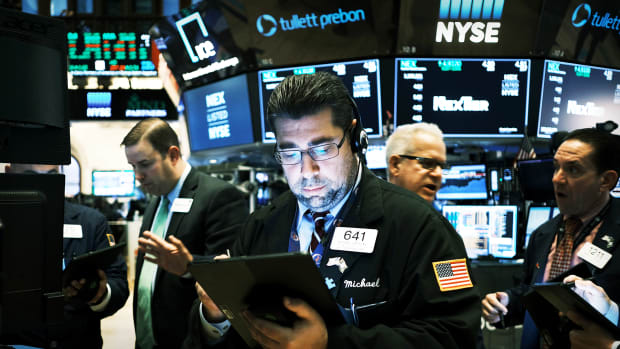 Stock Market Traders Lead