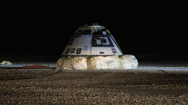 The Boeing CST-100 Starliner spacecraft is seen after it landed in White Sands, New Mexico, Sunday, Dec. 22, 2019. The Starliner spacecraft launched on a United Launch Alliance Atlas V rocket at 6:36 a.m. Friday, Dec. 20 from Space Launch Complex 41 at Cape Canaveral Air Force Station in Florida. Photo Credit: (NASA/Bill Ingalls)