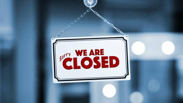 closed corona sign sh