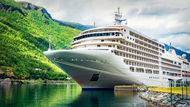 Cruise Stocks Lead