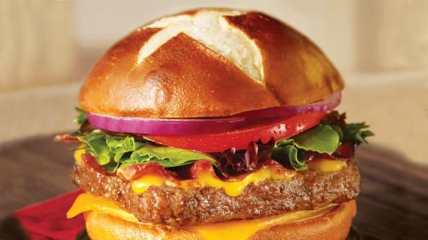 Wendy's Pretzel Bacon Pub Cheeseburger