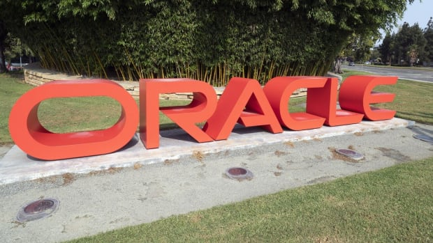 A sign for Oracle is seen outside the company's headquarters in Redwood City, California. Photo: EPA-EFE