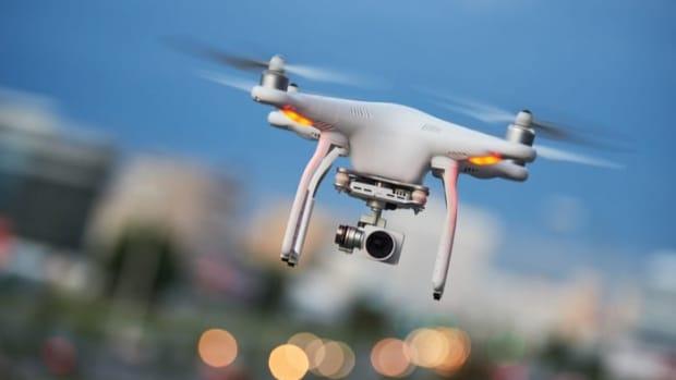 Amazon-surveillance-drone-patent-delivery