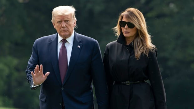US President Donald Trump and First Lady Melania Trump return to the White House in Washington, DC on September 11, 2020. Photo: Agence France-Presse