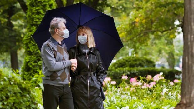 retirees masks sh