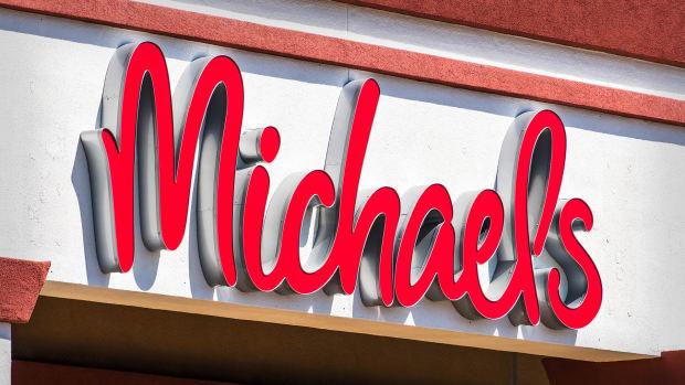 Michaels Lead