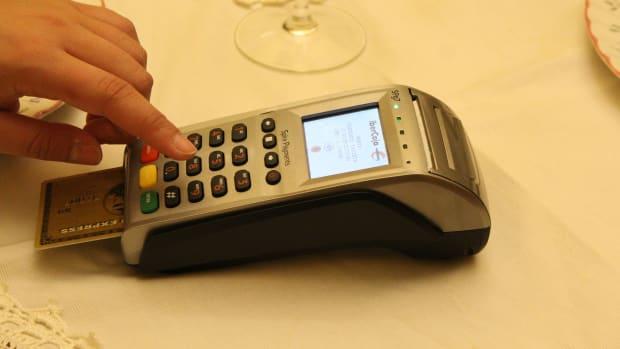 credit-card-1727353_1920