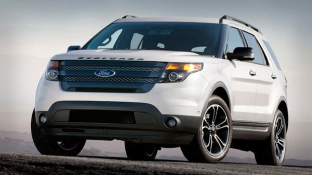 Ford Explorer 2015 Lead