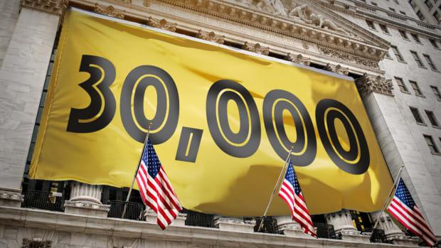 Dow 30,000 Lead