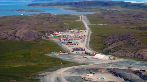 Canada Extends Review Of Chinese State Firm's Arctic Gold Mine Bid